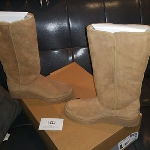 Ugg boots nwt